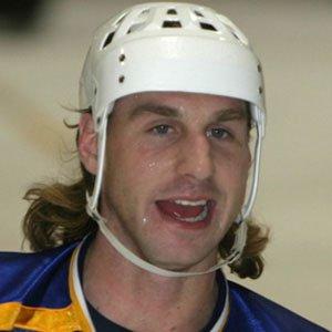 Hockey player Ryan Smyth - age: 41