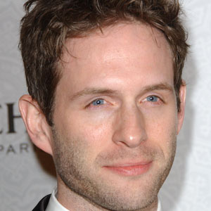 TV Actor Glenn Howerton - age: 44