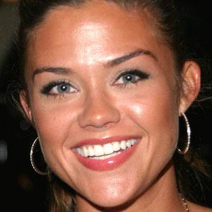 TV Actress Susan Ward - age: 44