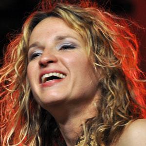 Guitarist Ana Popovic - age: 44
