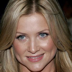 TV Actress Jessica Capshaw - age: 40