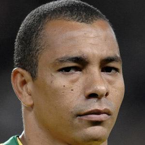 Soccer Player Gilberto Silva - age: 44