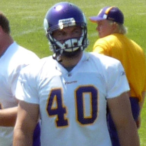 Football player Jim Kleinsasser - age: 43
