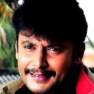 Movie Actor Darshan Thoogudeep - age: 43