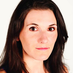 Voice Actor Kelly Sheridan - age: 43