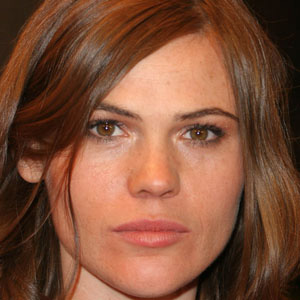 Movie actress Clea Duvall - age: 43