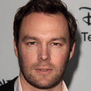 Voice Actor Mark Hildreth - age: 42