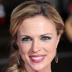 TV Actress Kelly Sullivan - age: 39