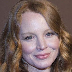 TV Actress Lauren Ambrose - age: 42