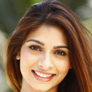 Movie actress Tanishaa Mukerji - age: 42