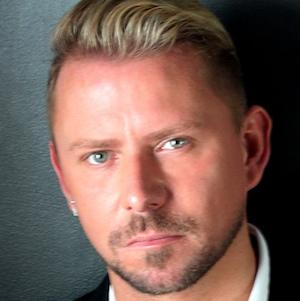web video star Wayne Goss - age: 42