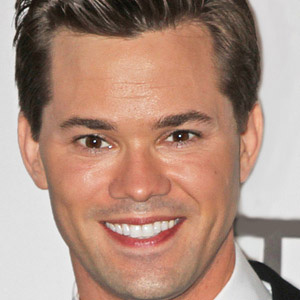 Stage Actor Andrew Rannells - age: 38