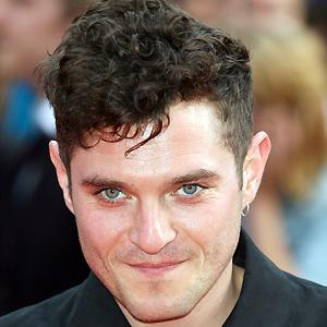 TV Actor Mathew Horne - age: 38