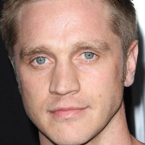 Movie Actor Devon Sawa - age: 38