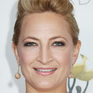 Movie actress Zoe Bell - age: 38