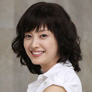 Movie actress Lee Na-young - age: 38