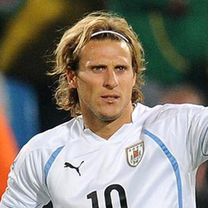 Soccer Player Diego Forlan - age: 41