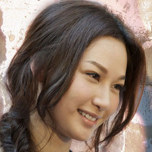 TV Actress Kate Tsui - age: 41