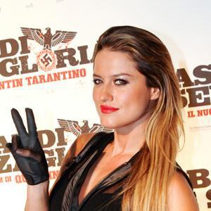 Pop Singer Lola Ponce - age: 37