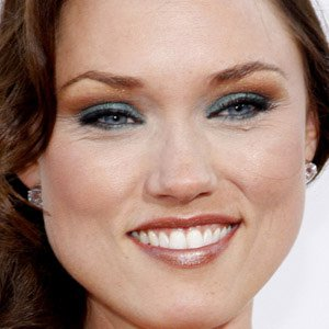 TV Actress Clare Grant - age: 37