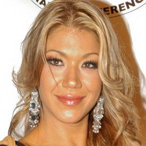 Wrestler Rosa Mendes - age: 37