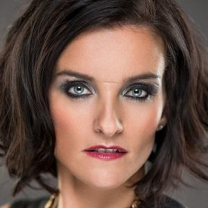 Pop Singer Edele Lynch - age: 37