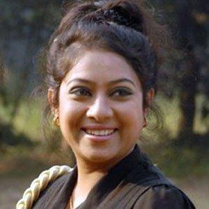 Movie actress Shabnur - age: 37