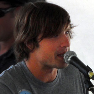 Country Singer Walker Hayes - age: 37