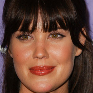 TV Actress Sarah Lancaster - age: 40