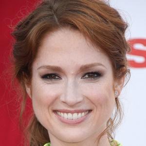 TV Actress Ellie Kemper - age: 40