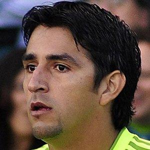 Soccer Player Leonardo Gonzalez - age: 40