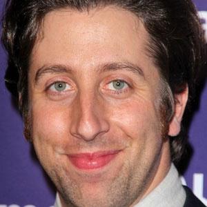 TV Actor Simon Helberg - age: 40