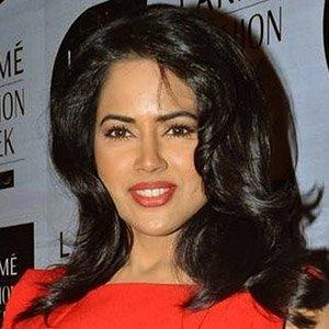 Movie actress Sameera Reddy - age: 36