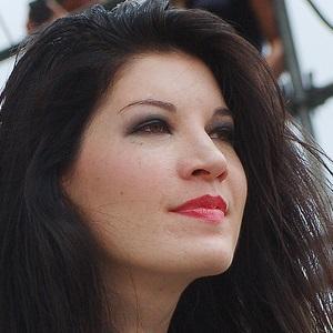 Bassist Emma Anzai - age: 39