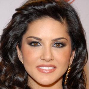 Sunny Leone - age: 40