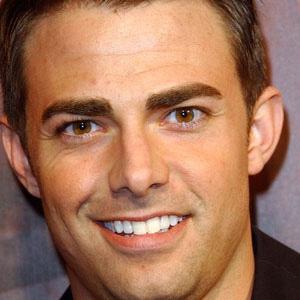 Movie Actor Jonathan Bennett - age: 40