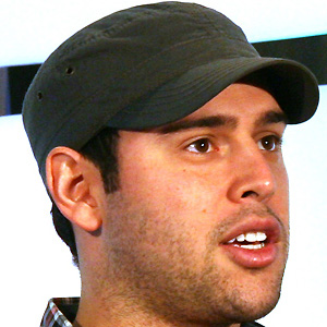 Entrepreneur Scooter Braun - age: 40
