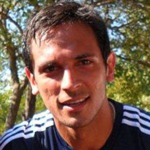Soccer Player Roque Santa Cruz - age: 39