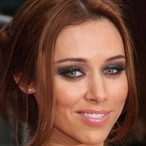 Pop Singer Una Healy - age: 35