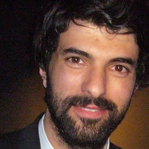 TV Actor Engin Akyurek - age: 36