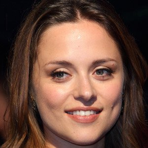 Movie actress Zoe Tapper - age: 35