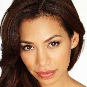 Movie actress Amy Correa Bell - age: 38