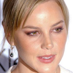 Movie actress Abbie Cornish - age: 38