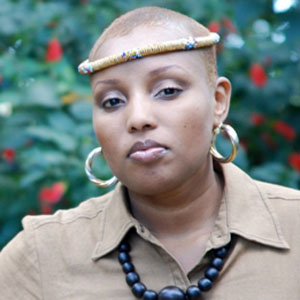 R&B Singer Nakaaya Sumari - age: 38