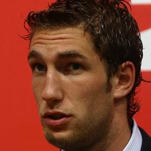 Soccer Player Maarten Stekelenburg - age: 38