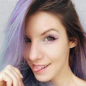 web video star Marimoon - age: 38