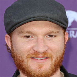 Country Singer Eric Paslay - age: 37