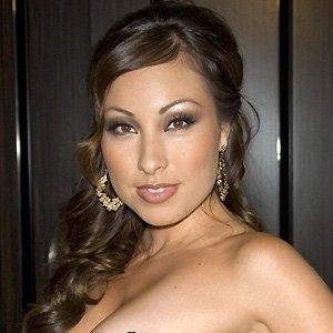 Pop Singer Yolanda Perez - age: 37