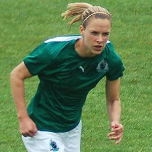 Soccer Player Lindsay Tarpley - age: 37