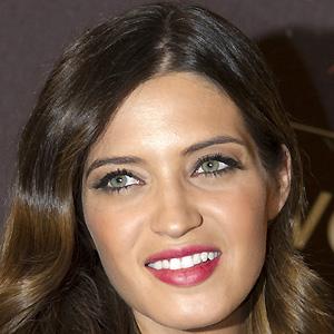 TV Show Host Sara Carbonero - age: 37